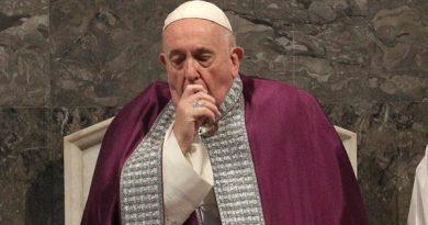 Papa cancela eventos pelo segundo dia devido a doença