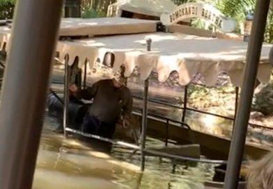 Convidados evacuados após barco na Disney World tomar água