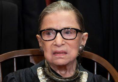 Ruth Bader Ginsburg, juíza da Suprema Corte dos EUA, morre aos 87 anos
