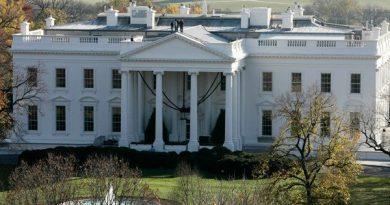 Mulher acusada de enviar ricina para a Casa Branca 'escreveu nota'