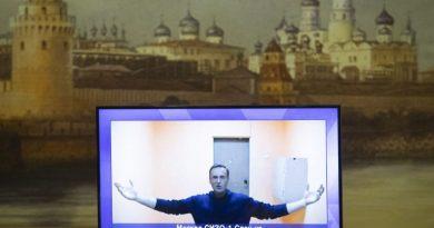 Tribunal russo rejeita recurso de Alexei Navalny contra prisão