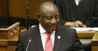 África do Sul deve aliviar as restrições da Covid-19 após 'declínio dramático'