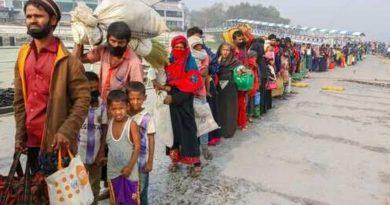 Chamada de SOS para jornal local economiza 81 Rohingya no mar, mas nenhum país para recebê-los