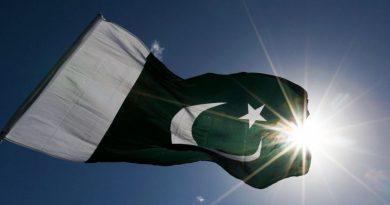 Dezenas detidas no Paquistão por tentarem linchar irmãos acusados de blasfêmia