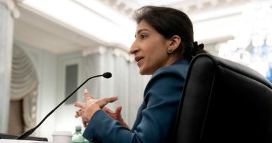 Joe Biden nomeia grande crítica de tecnologia Lina Khan como presidente da FTC | Noticias do mundo