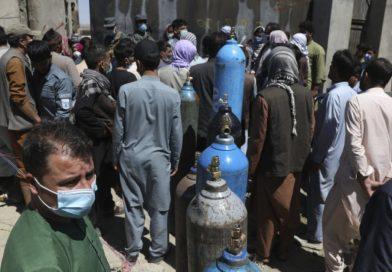 Afeganistão ficando sem oxigênio enquanto o pico de Covid piora